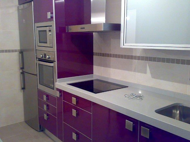 Trabajos realizados mm - Cocinas color berenjena ...